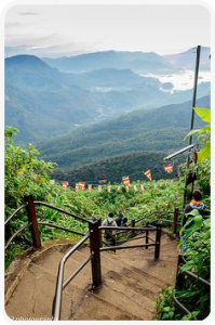 monter l'adam's peak